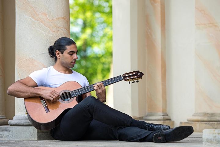 """Alexandre Glize (F) - """"Magic guitar"""""""